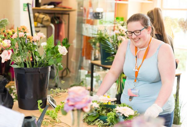 floristry student working