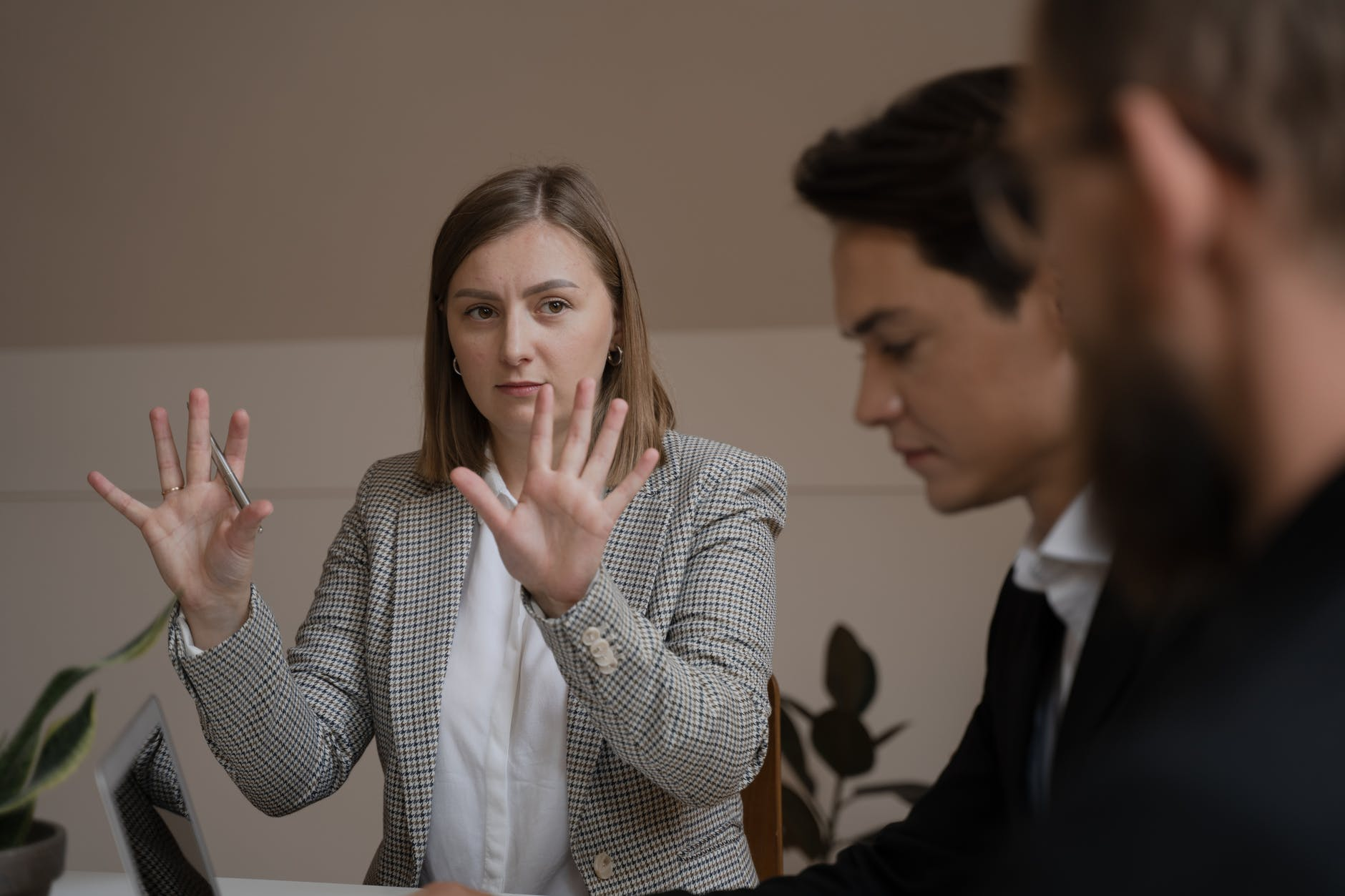 Conflict Resolution - Knowledge, skills and behaviours for managing conflict